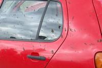 špinavé auto od bláta