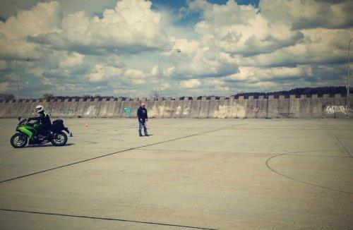 Autosalon letiště