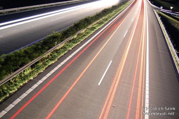 image of Noční fotky dálnice se stativem